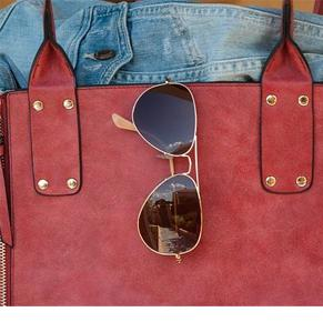 hot metal on sunglasses can cause melasma outbreaks